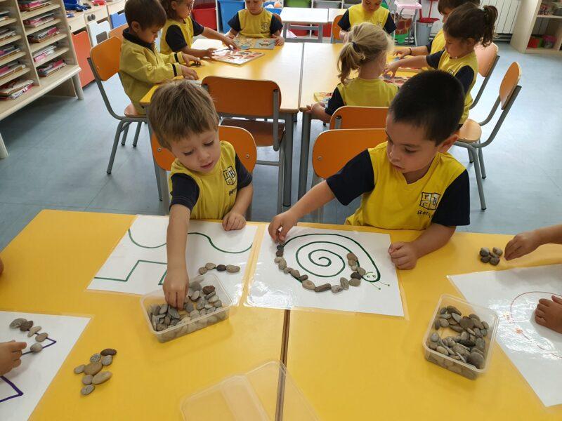 3_Trabajando en clase 3 años - Fundación Colegio Bérriz